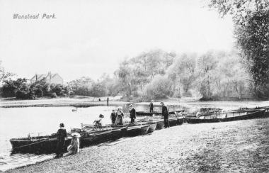 wp_hp_wanstead_park_boats_postcard